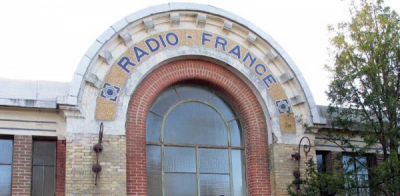 Le Centre Radio-Électrique de Radio France à Sainte-Assise.